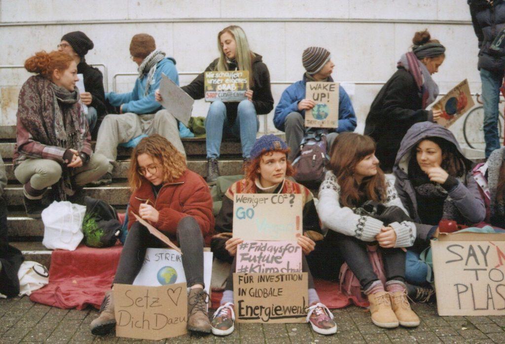 Aktvisti auf dem Stuttgarter Marktplatz, 2018